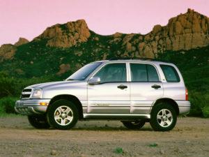 Комплект порогов Chevrolet Tracker 2 (G. Vitara)