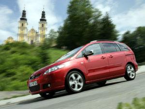 Комплект порогов Mazda 5 (2005-2010)