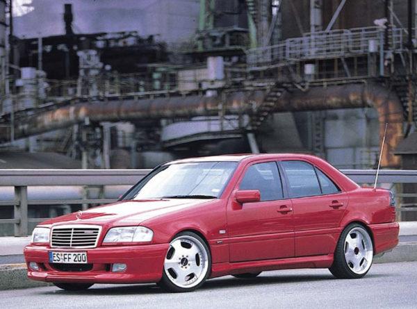 Комплект порогов Mercedes-Benz W202 (1993-2001)