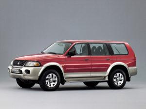 Комплект порогов Mitsubishi Montero Sport (1998-2006)