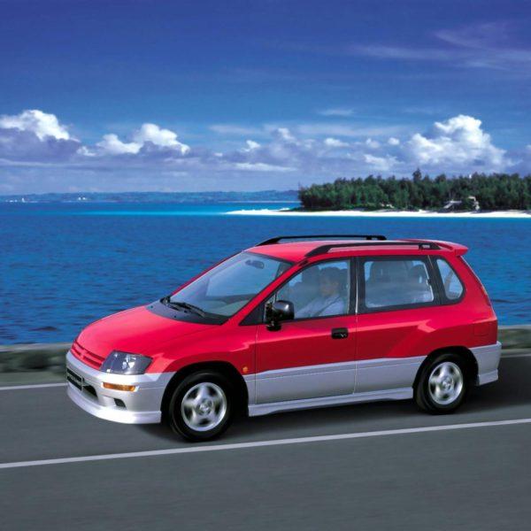 Комплект порогов MitsubishiSpace Runner 2 (1998-2002)