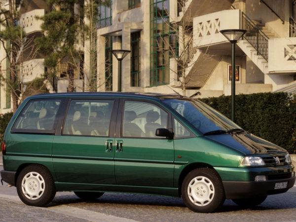 Комплект порогов Peugeot 806 (1994–2002)