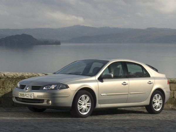 Комплект порогов Renault Laguna 2 (2001-2007)