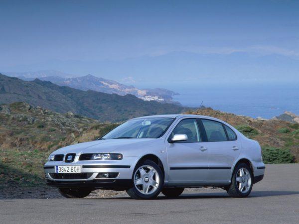 Комплект порогов Seat Toledo 2 (1999-2003)