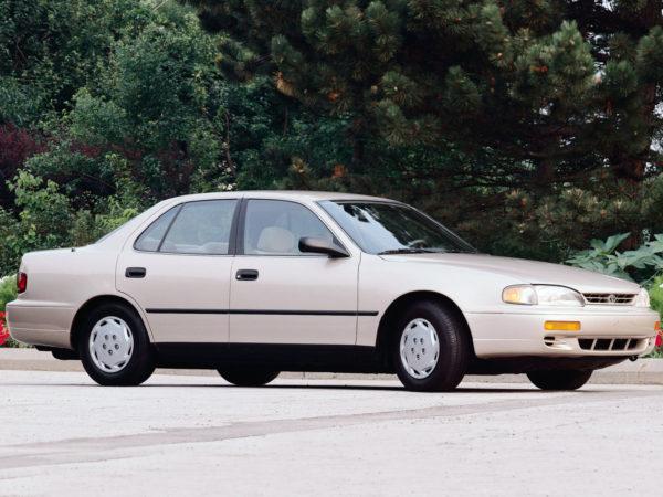 Комплект порогов Toyota Camry XV10 (до 1995)