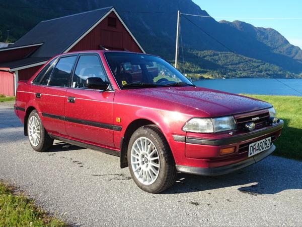 Комплект порогов Toyota Carina 2 (1996-2001)