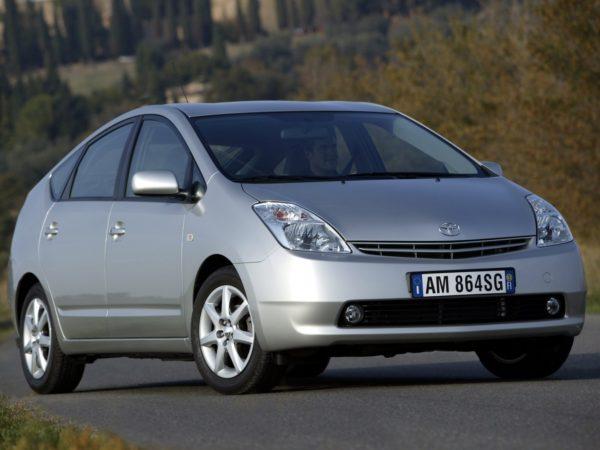 Комплект порогов Toyota Prius 20 (2003-2008)