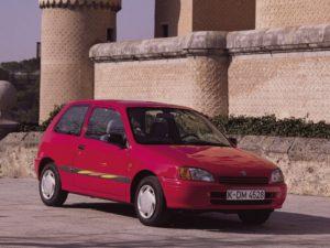 Комплект порогов Toyota Starlet 90 (1996–2000)