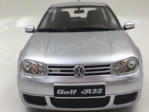 Комплект порогов Volkswagen Golf 4 (2003-2008)
