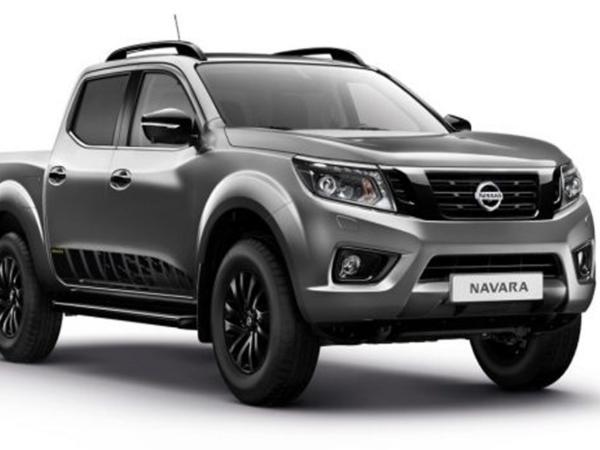 Комплект порогов Nissan Navara