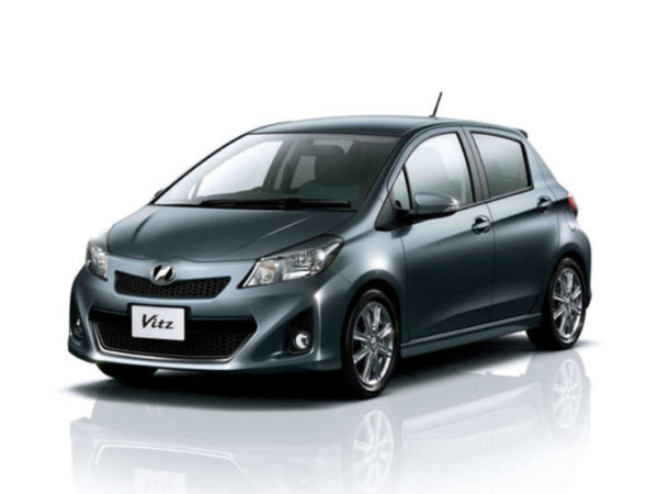 Комплект порогов Toyota Vitz